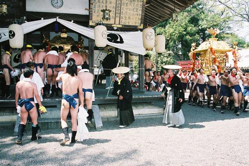 若宮神社に鎮座する御輿